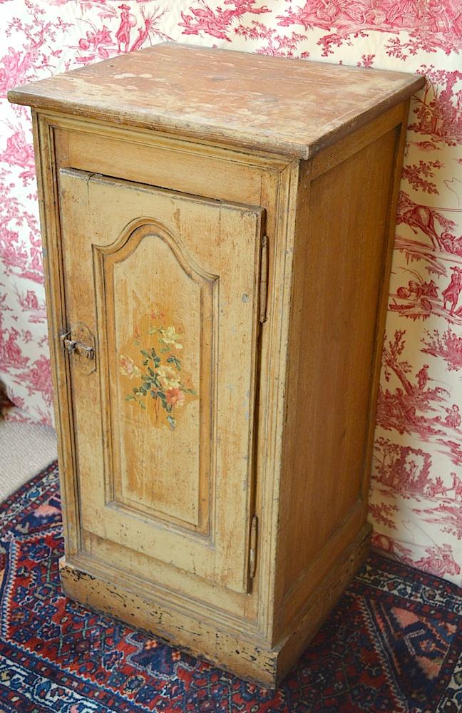 DSC_0008 french_cupboard2